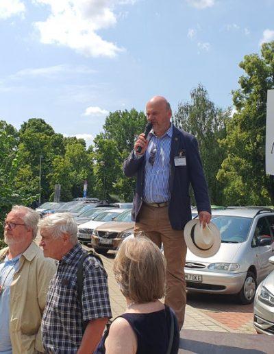 Przemawia prezes PTZ M. Schirmer